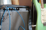 家庭用小型真空管式ギターアンプ